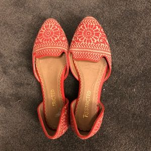Coral patterned d'orsay flats
